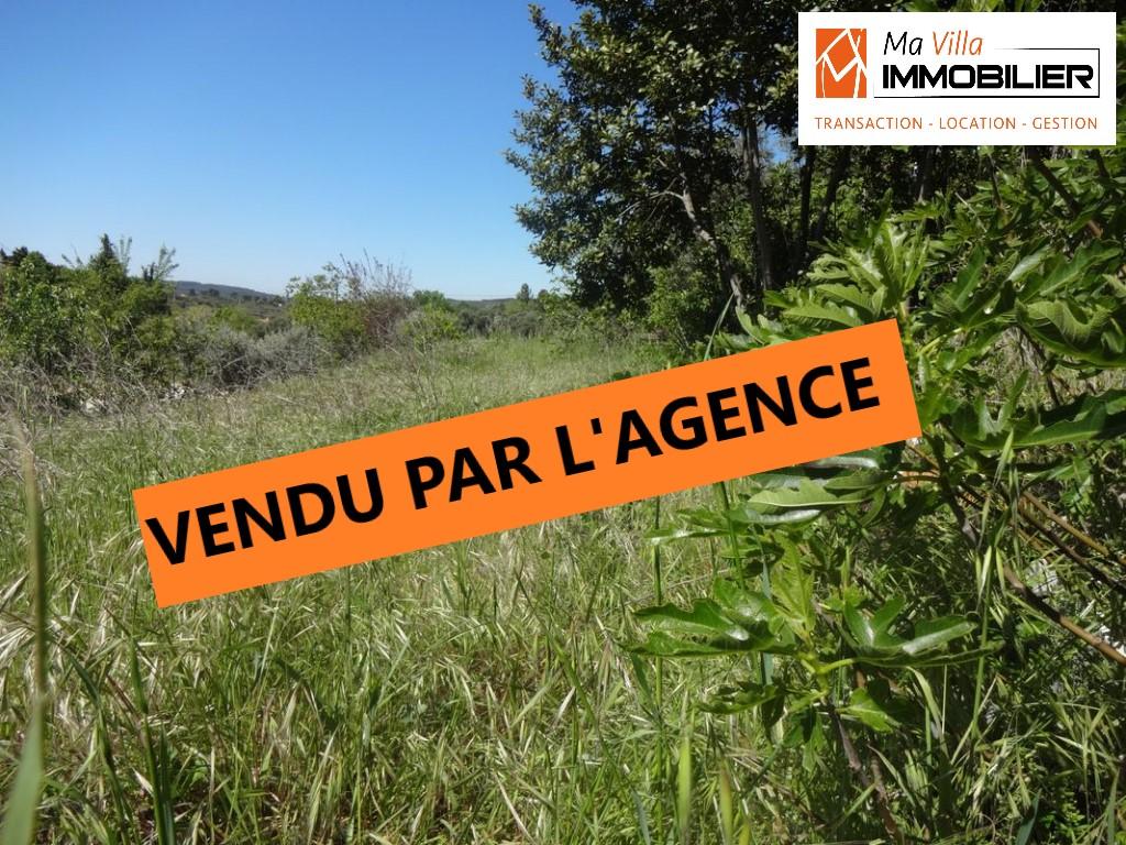 Superbe terrain Meyreuil village